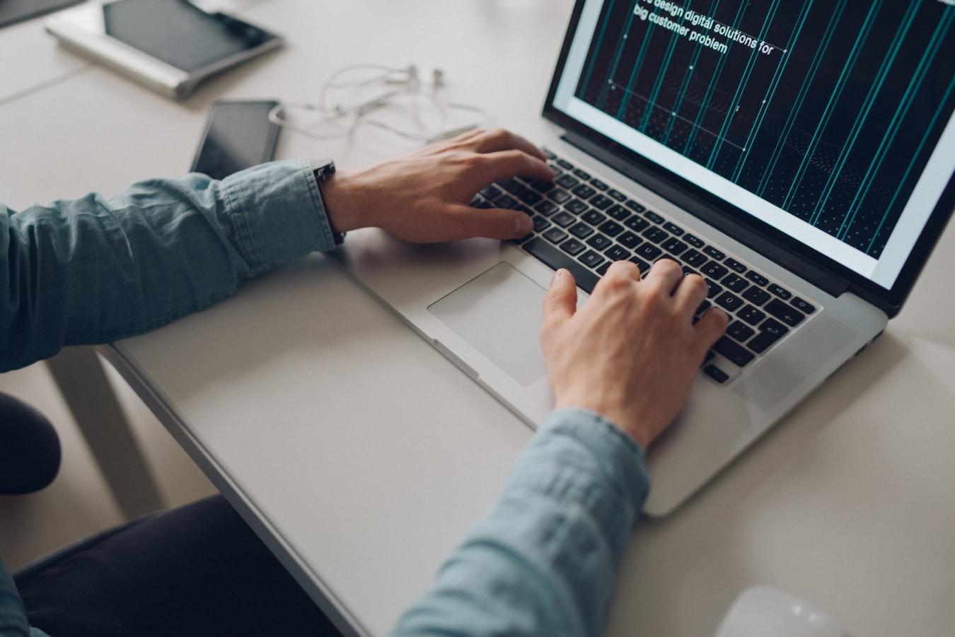 Zero Trust, redes de confianza cero y dispositivos conectados a una red empresarial